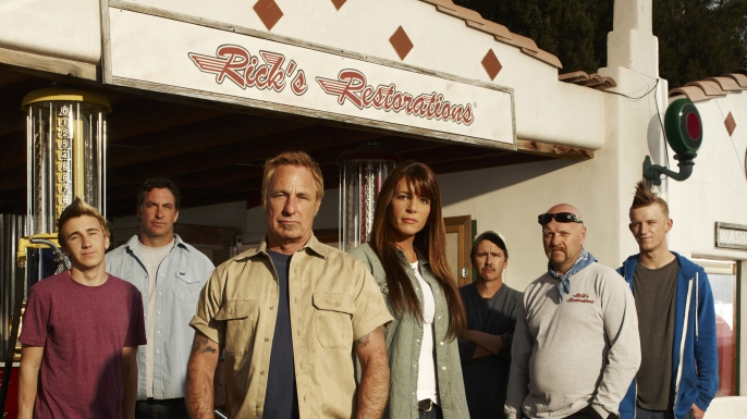 restoration features rick dale and his crew of loose screws at rick