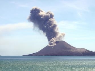 how the earth was made, volcano, krakatau, krakatoa,
