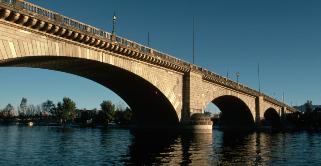 london-bridge - Arizona Pictures - Arizona - HISTORY.com