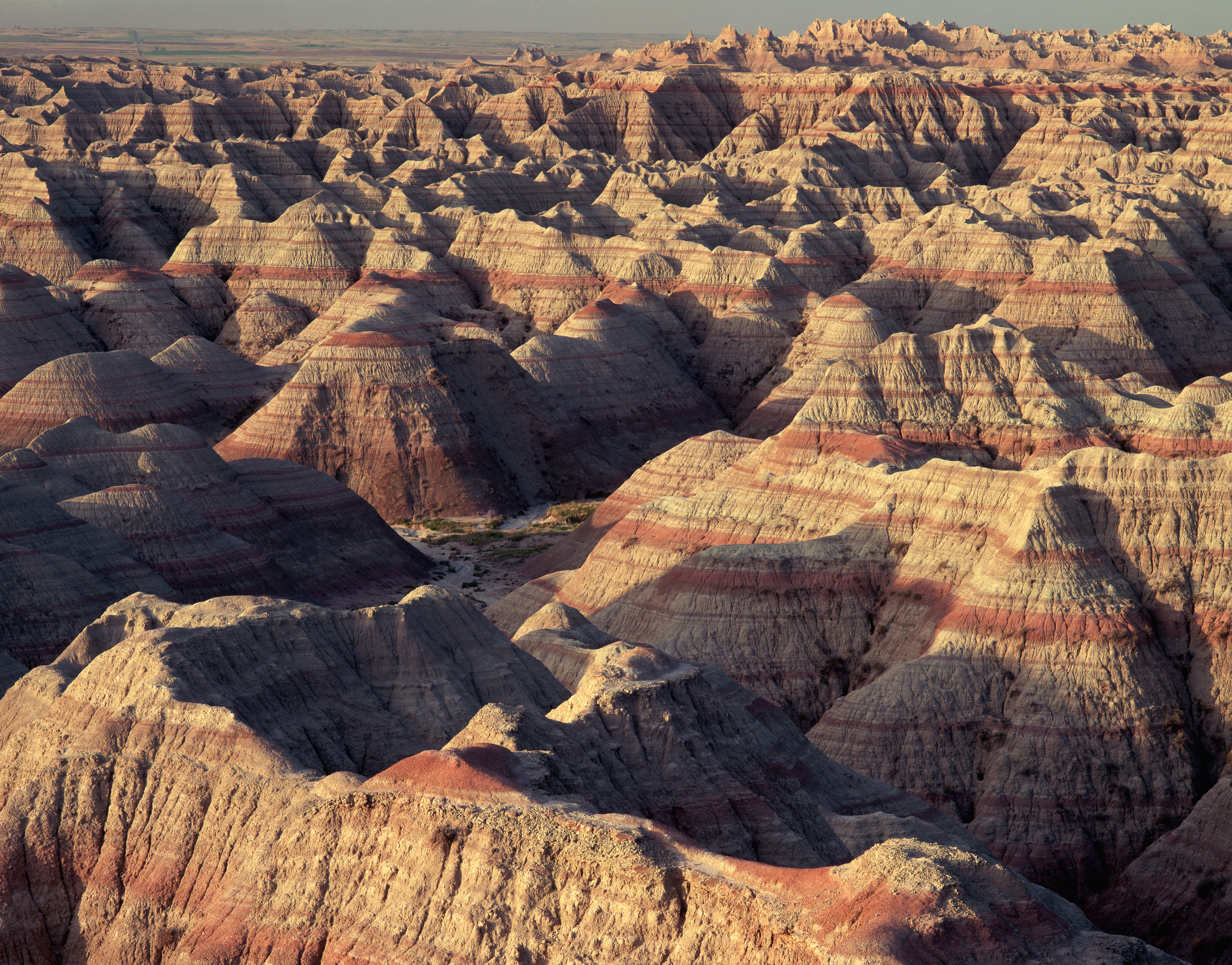 layered-hoodoos-of-the-badlands - South Dakota Pictures - South ...