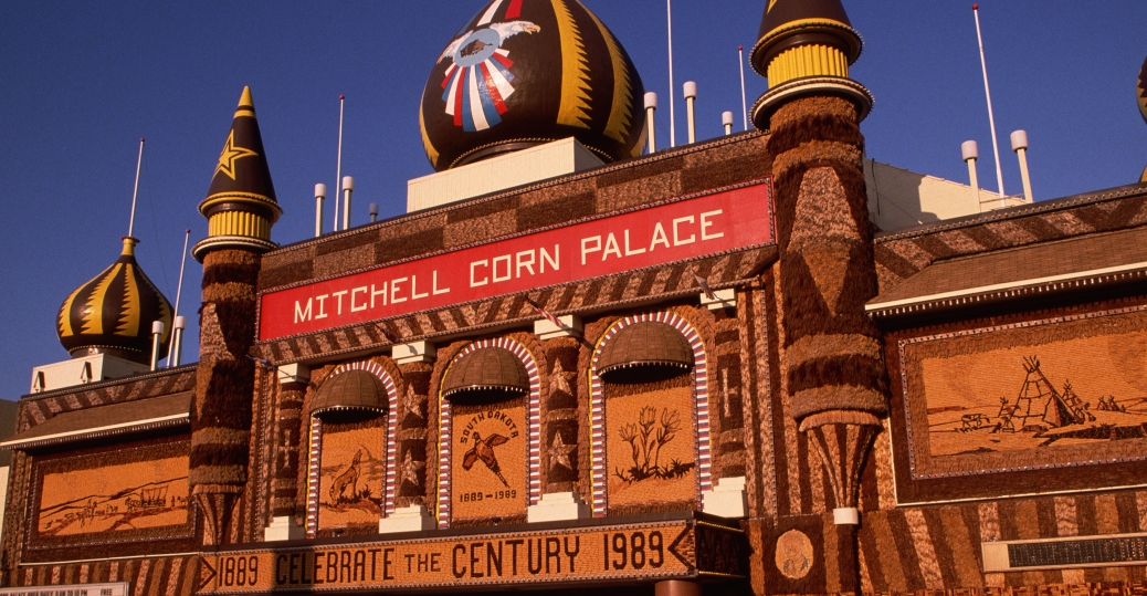 mitchell corn palace, mitchell, south dakota, murals, corn