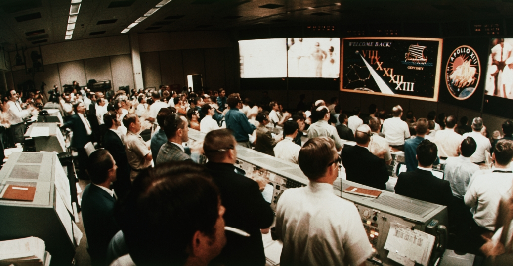 mission control, houston, texas, astronauts, apollo 13, space