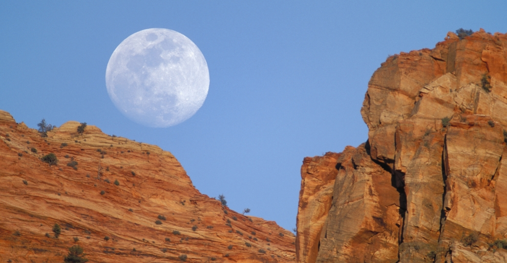 zion canyon, zion national park, moon, utah