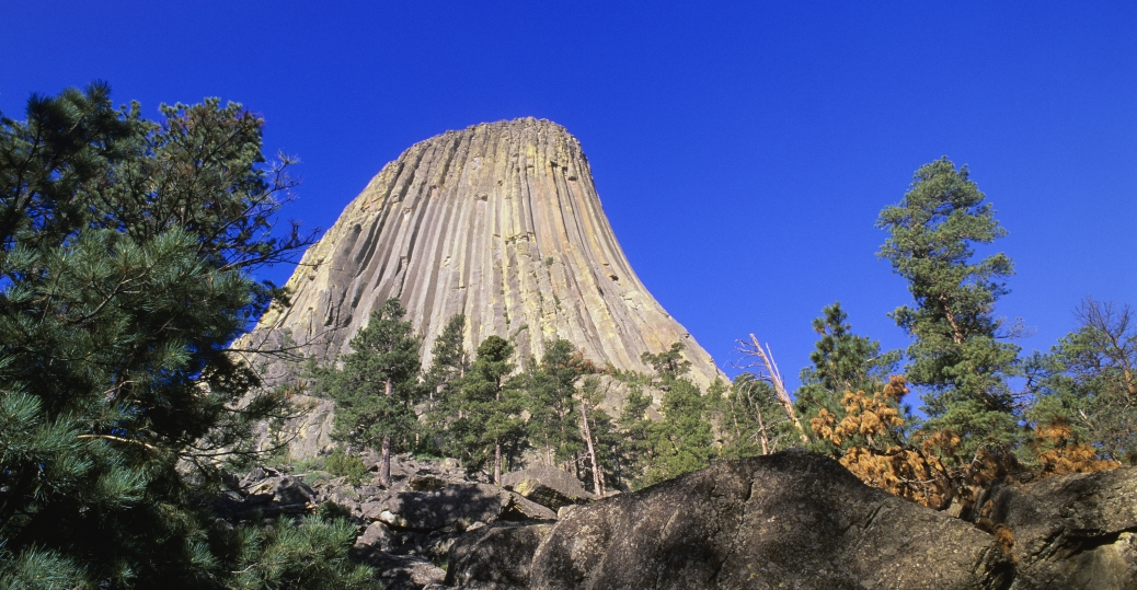 devil's tower, monolithic igneous intrusion, volcano, black hill, hulett, sundance, crook county, wyoming