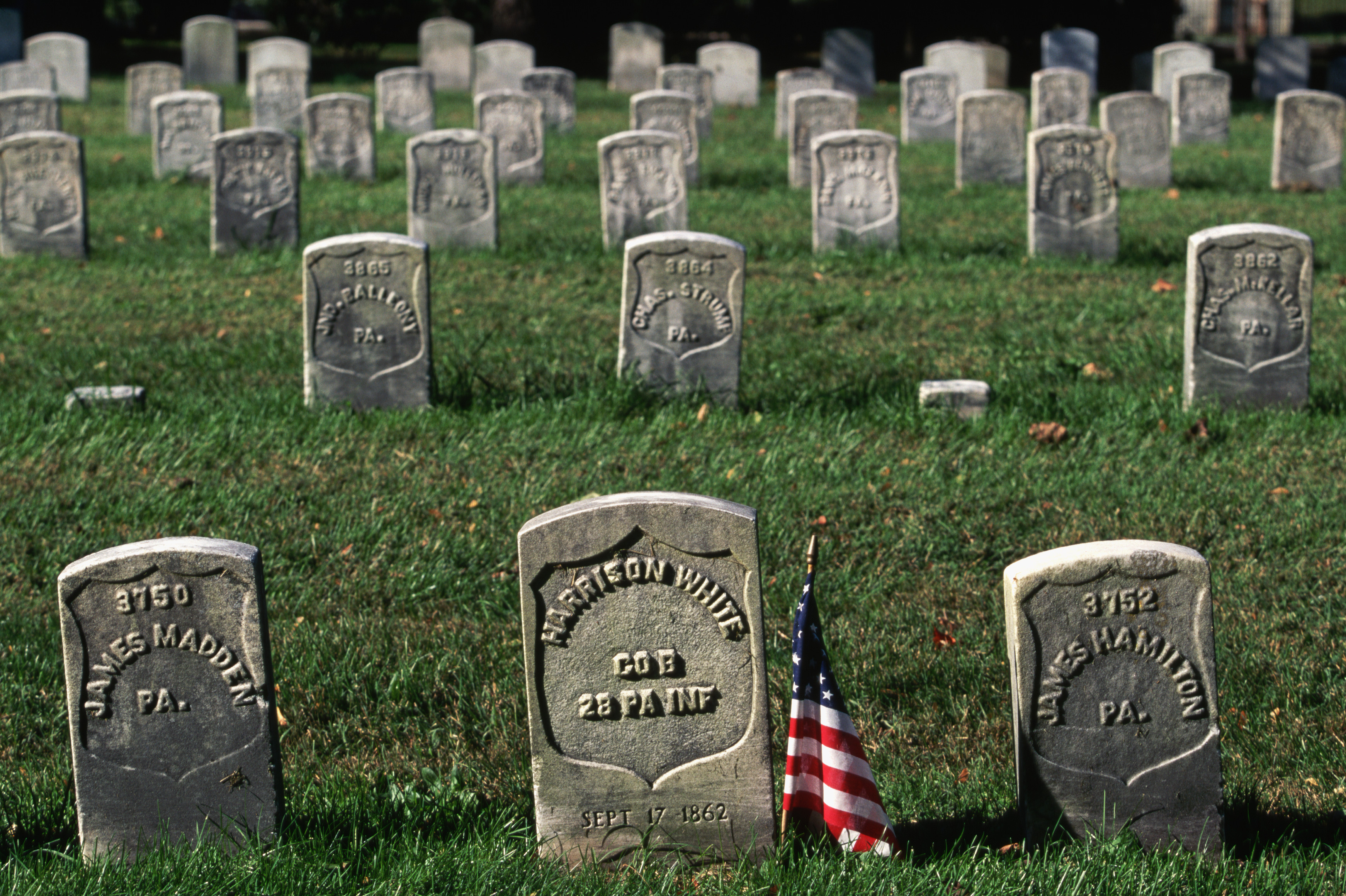 history of the american civil war Rated 5 out of 5 by old engineer from fantastic coverage of the civil war with a great deal of previous study of the american civil war from many viewpoints, this course really hits the mark this course is an excellent overall presentation of a significant, difficult period in american history.