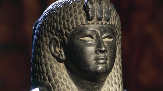 Cleopatra hero 2