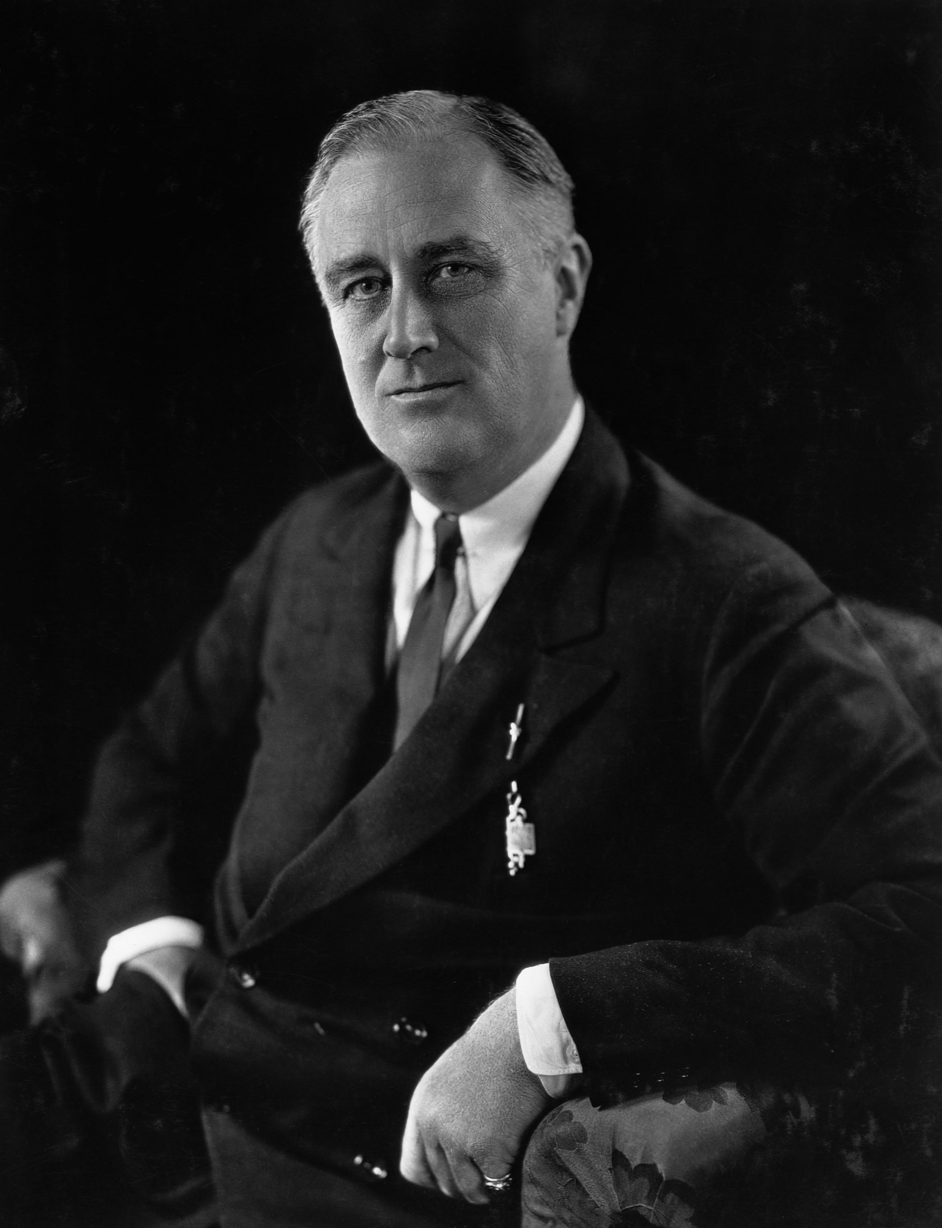 bombing of london, hitler, lend lease program, 1941, britain, fdr,