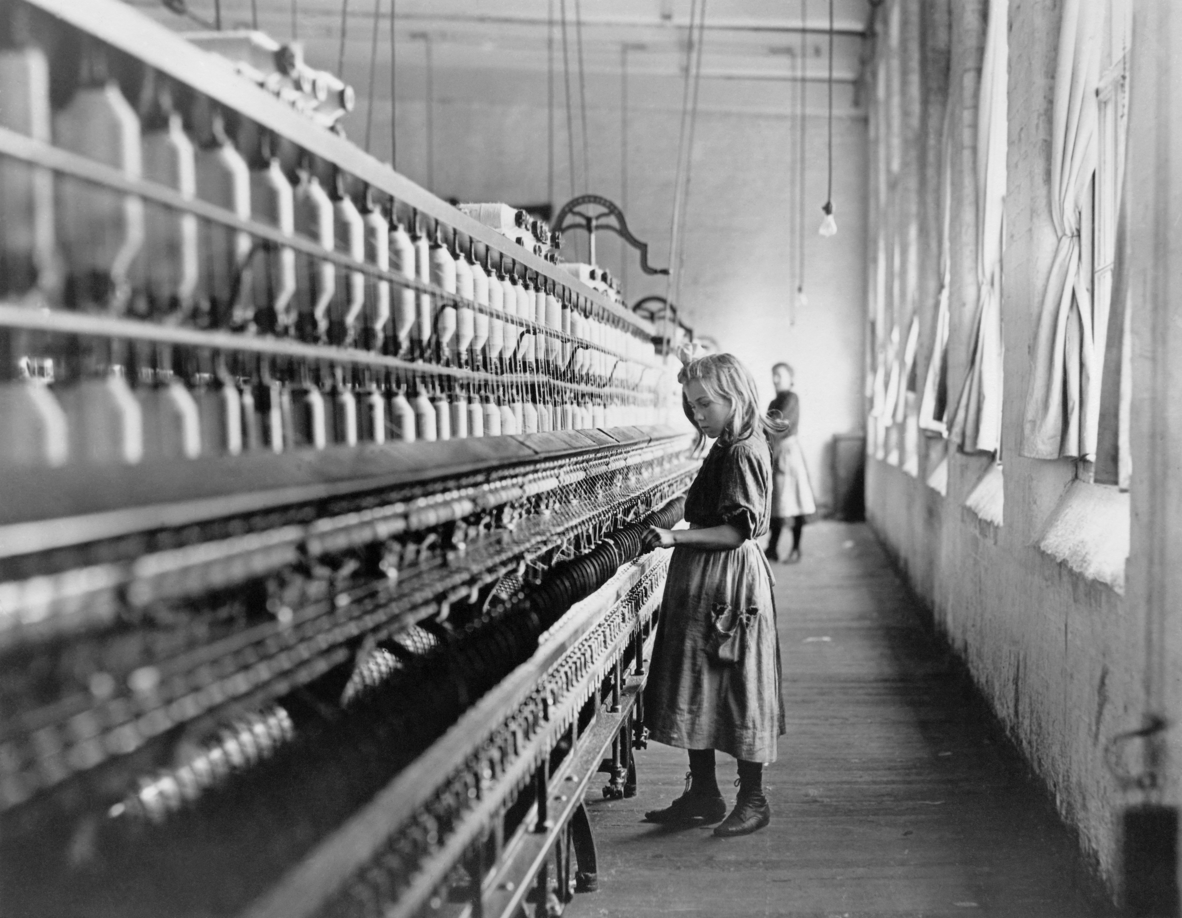 Work Laws In Nc Girl Working At Cotton Mill