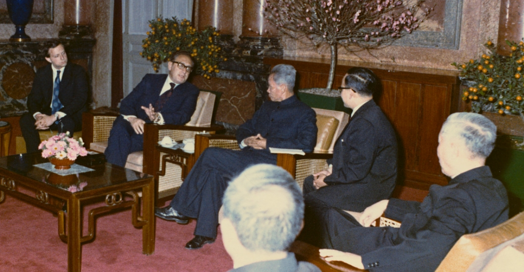 henry kissinger, pham van dong, north vietnam prime minister, hanoi, the vietnam war