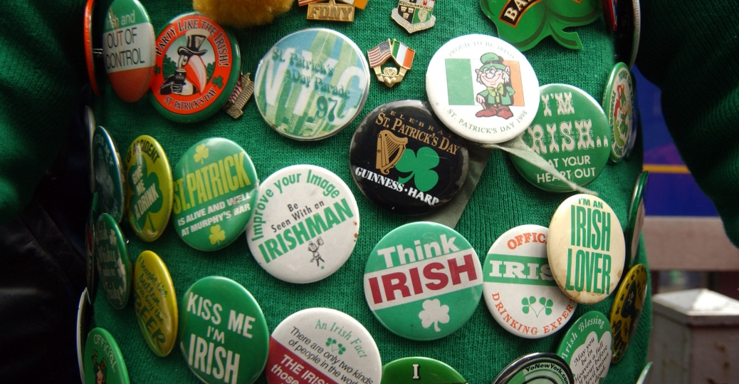 st. patrick's day, st. patrick's day parade, new york city, fifth avenue, irish, irish pins