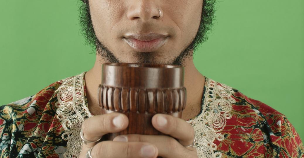 kwanzaa, the seven symbols of kwanzaa, symbols of kwanzaa, holidays, kwanzaa celebrations, the unity cup, kikimbe cha umoja, kwanzaa unity cup