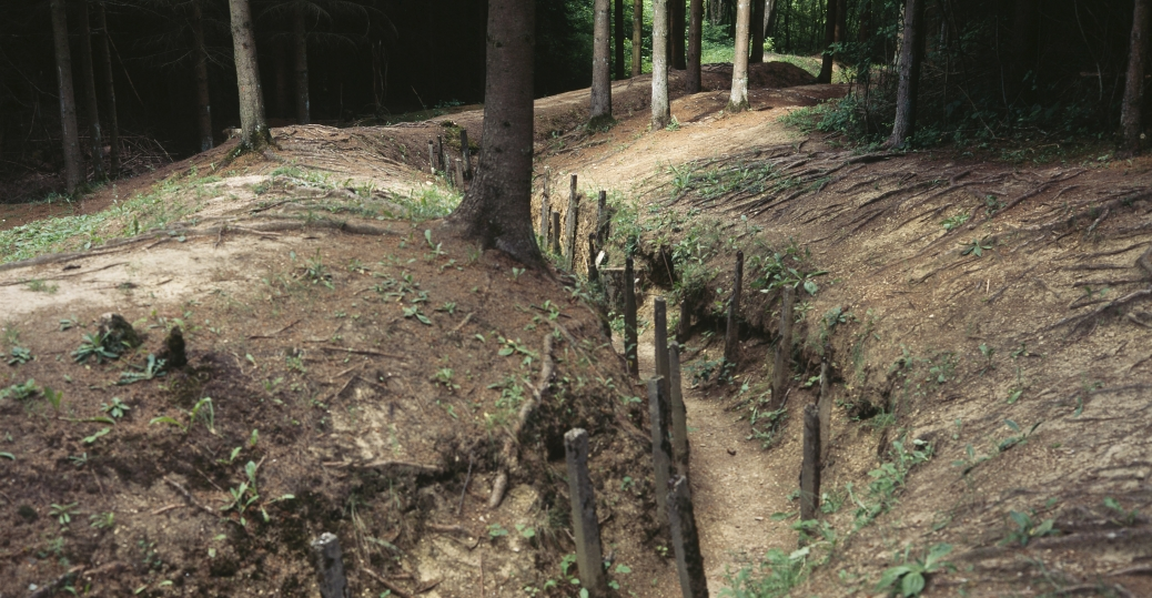 communication trenches, world war I, trench warfare