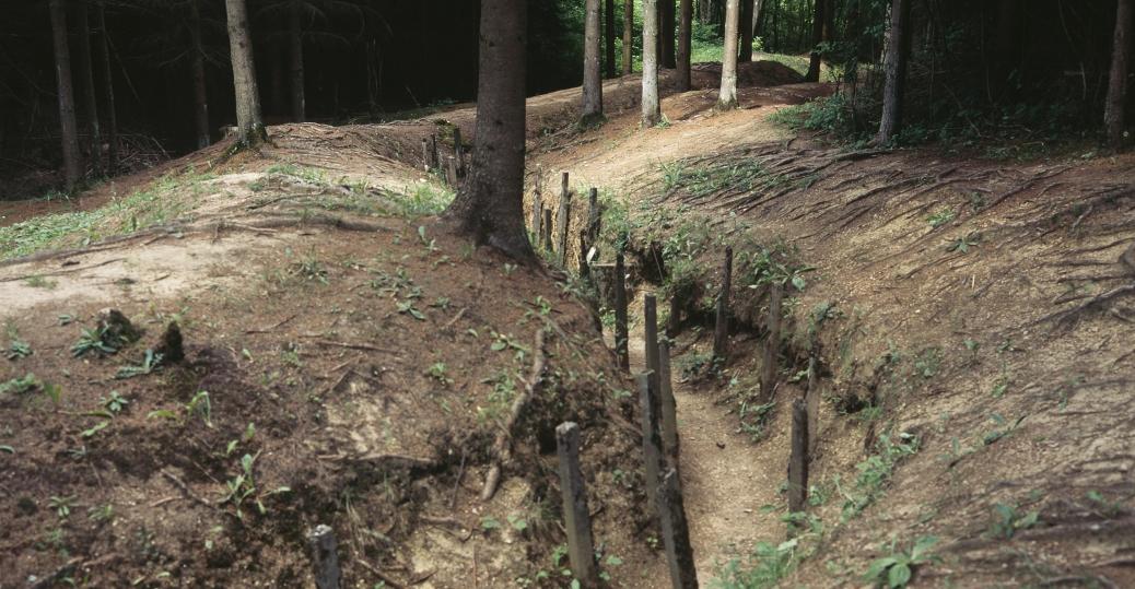 communication trenches, world war I, trench warfare
