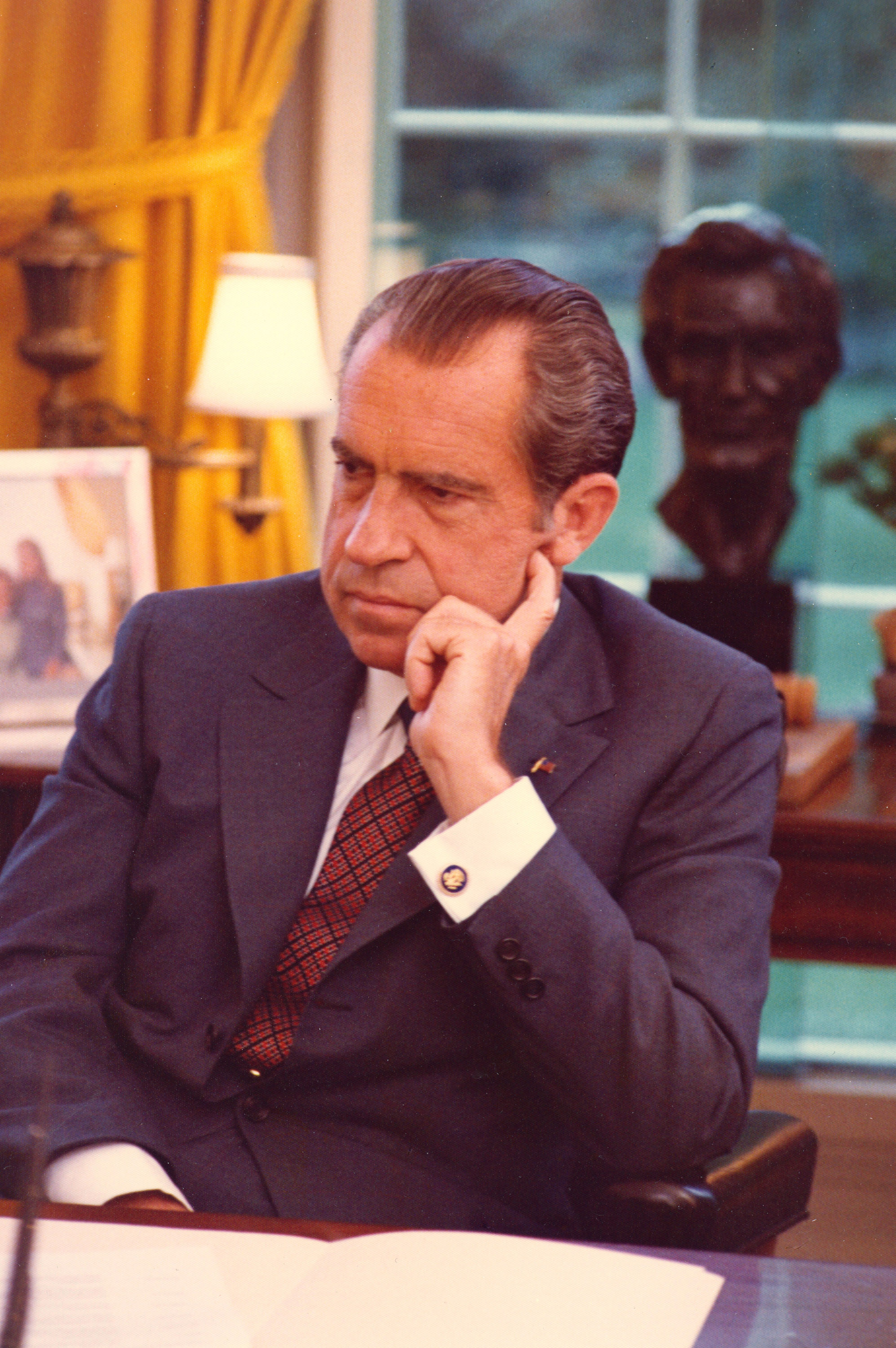 an introduction to the history of the president richard m nixon President richard m nixon body president (historycom), richard nixon was in oliver stone's nixon i introduction when president nixon.
