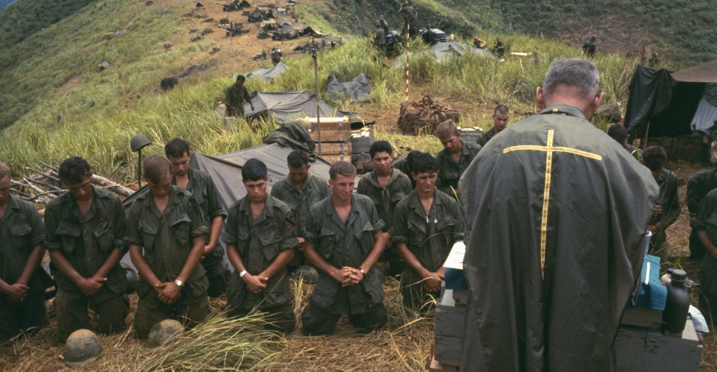 american soldiers, the vietnam war, army chaplain