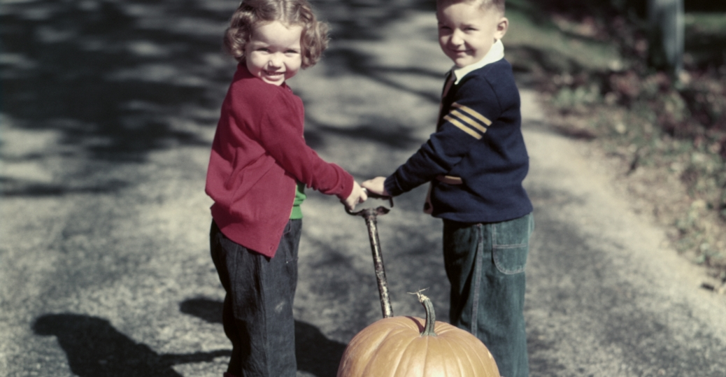 1950s, wagon, halloween, children, pumpkins