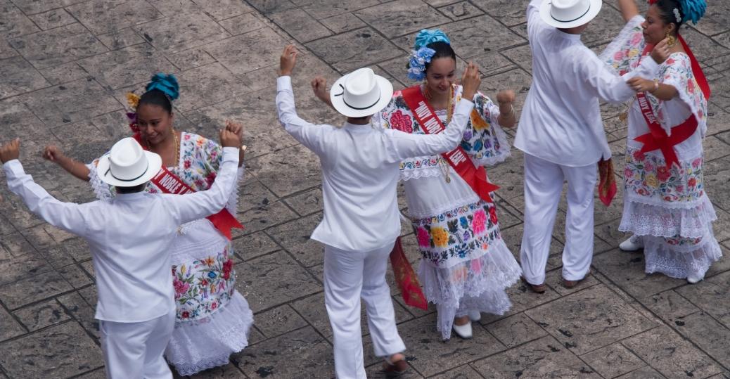 folk dancers, merida, yucatan, yucatan peninsula, mexico