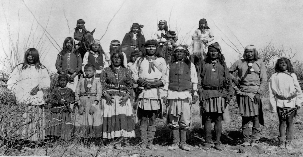 geronimo, apache chief, u.s. policy, apache warriors, 1886, geronimo surrenders, native americans, native american warriors, native american battles