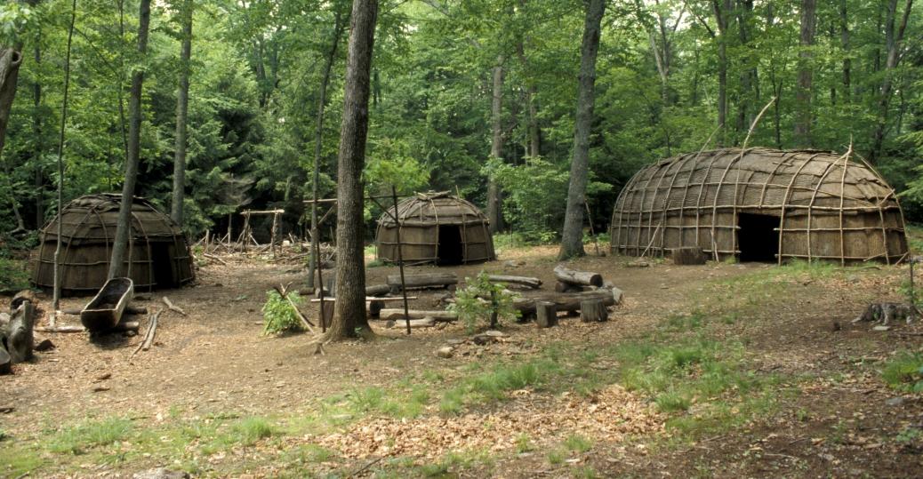 iroquois village, bark longhouse, wigwams, canoe, six nations tribes, northeast united states, canada, native americans, native american tribes and cultures