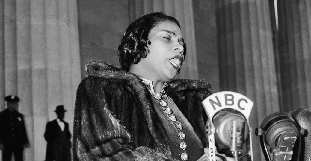 the daughters of the american revolution, marian anderson, lincoln memorial, 1939, black history, black women musicians
