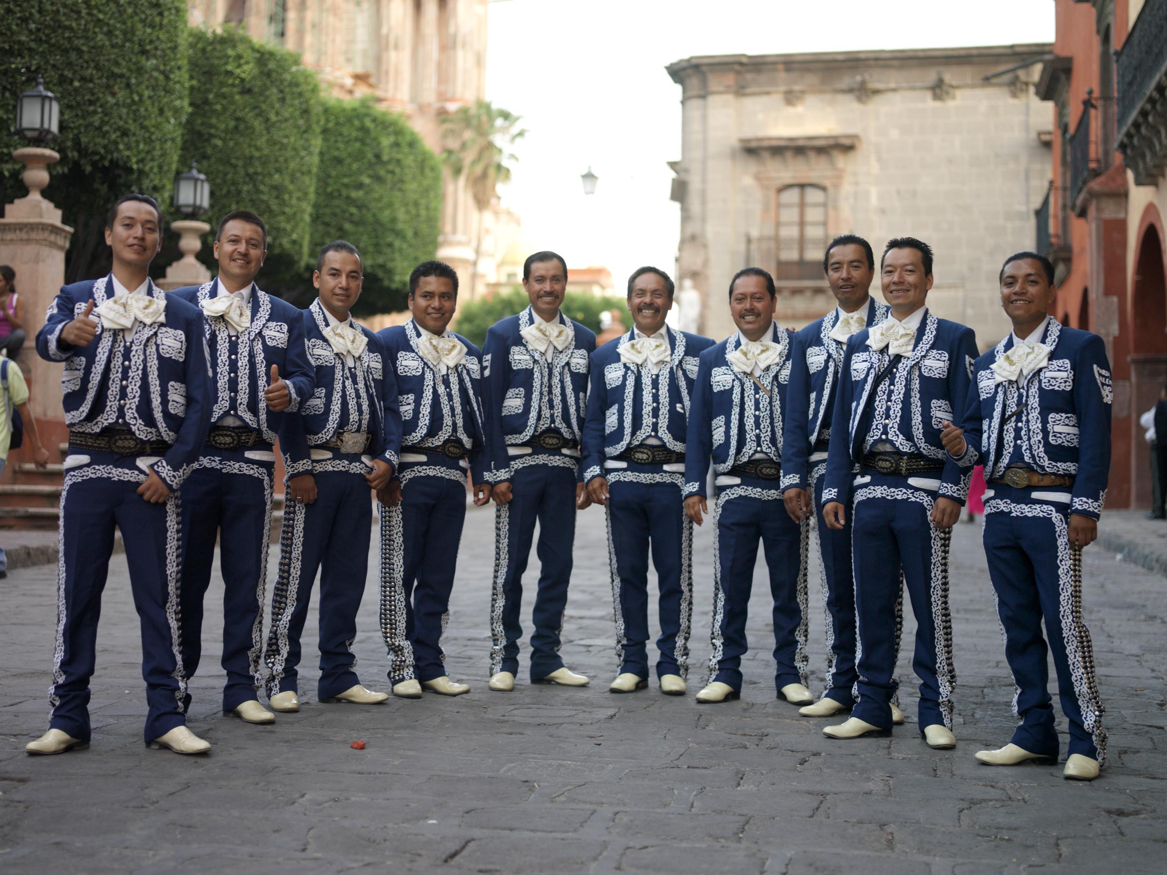 mariachi band history essay