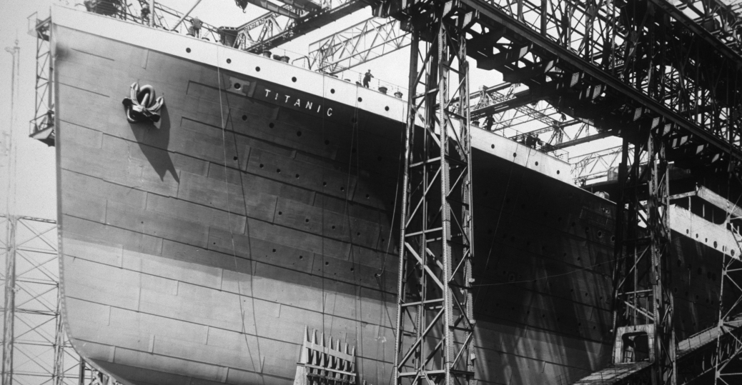 1910, the titanic, harland and wolf shipyard, belfast, ireland, indestructible, bow of the titanic, construction of the titanic