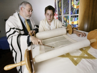 rabbi, bar mitzvah student, the torah, the birth of isaac, rosh hashanah