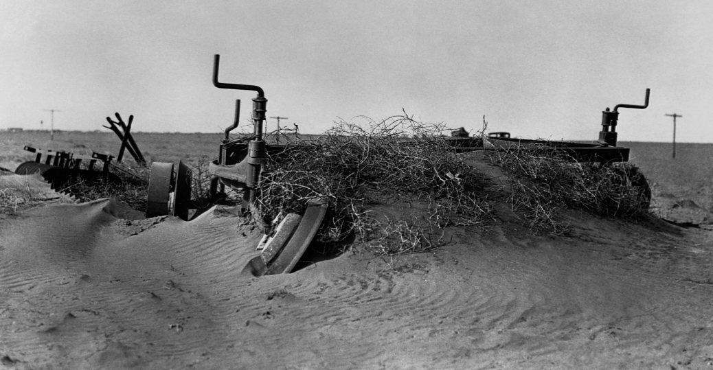 farm machinery, oklahoma, sand, the dust bowl, 1935, the great depression