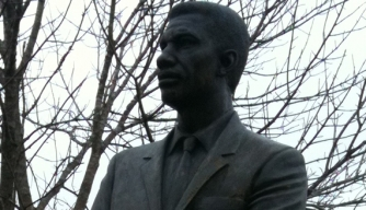 statue of Medgar Evers