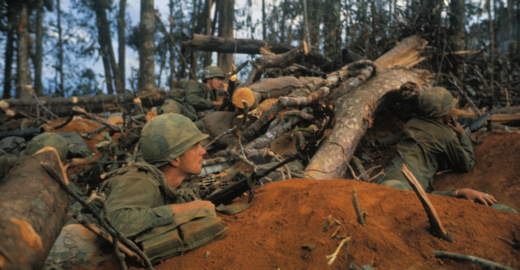 Us marines by outer wall of citadel vietnam war tet offensive battle of hue the vietnam war tet offensive sciox Image collections