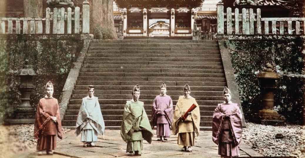 Toshogu Shrine, japan's first tokugawa shogun, tokugawa ieyasu, meiji restoration, feudal japan