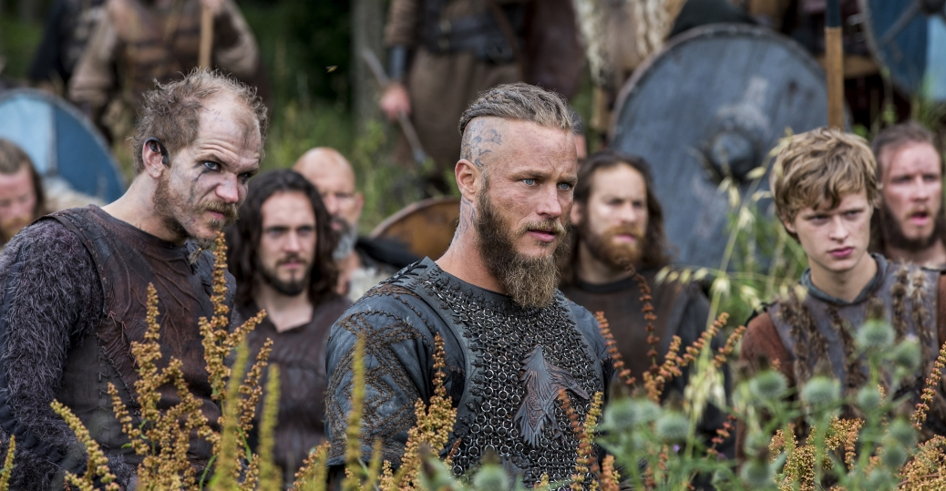 Gustaf Skarsgård as Floki and Travis Fimmel as Ragnar