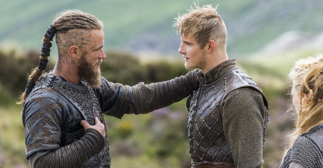 Travis Fimmel as Ragnar and Alexander Ludwig as Bjorn