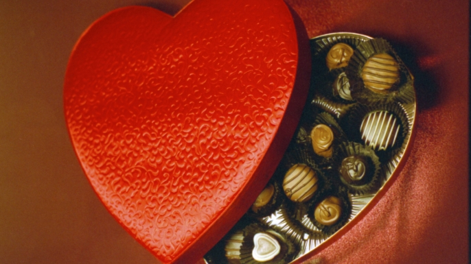 celebrating valentine's day with a box of chocolates - hungry history, Ideas