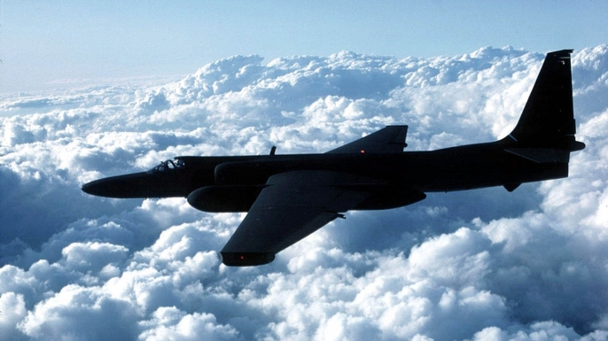 list 5 Cold War Close Calls  U2 SPY PLANE