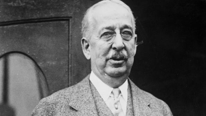 list The Unusual Origins of 6 Famous Brands King Gillette