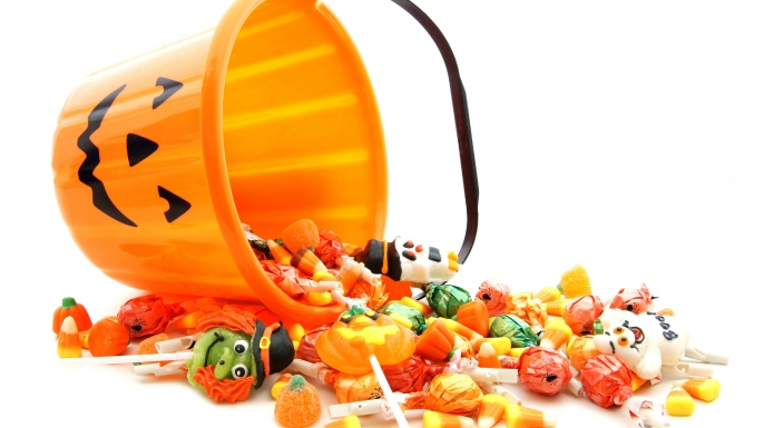 the haunted history of halloween candy - Why Is Halloween On The 31st Of October