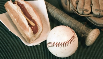 The History of Ballpark Food