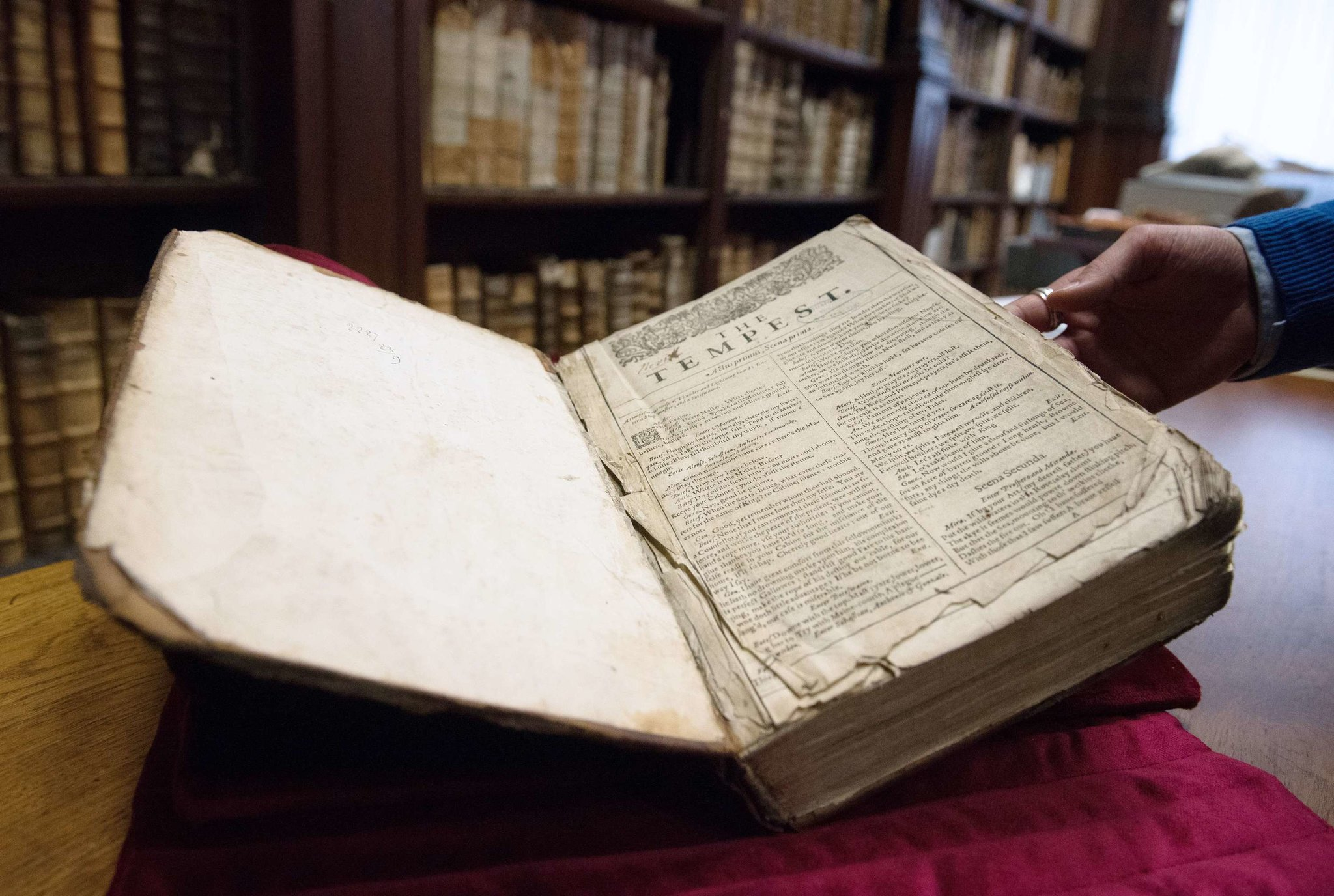did shakespeare really write his own plays ask  one of shakespeare s rare first folios discovered in french library