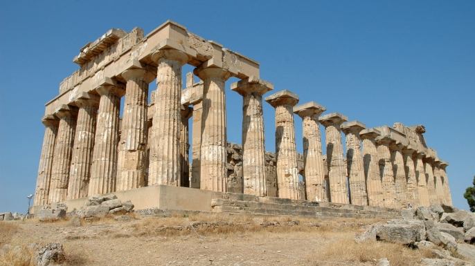 Built in the fifth century B.C. and reconstructed in 1960, the Temple of Hera is one of many large public structures at Selinunte.