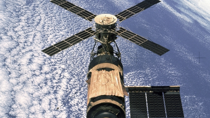 Skylab floats above Earth in February 1974.