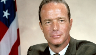 Scott Carpenter, Second American to Orbit the Earth, Dies at 88