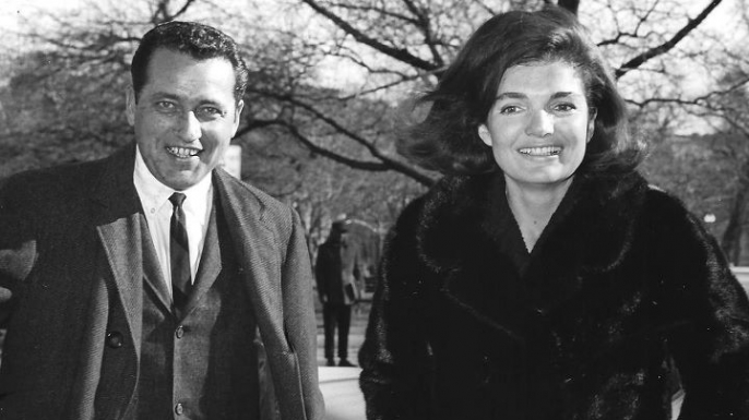 Clint hill with jacqueline kennedy in 1964 credit getty images