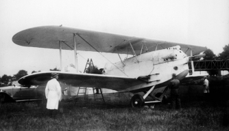 "Charles Nungesser and his Levasseur plane ""L'Oiseau blanc."" (Credit: Albert Harlingue/Roger Viollet/Getty Images)"