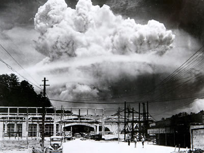 Mushroom cloud over Nagaski.