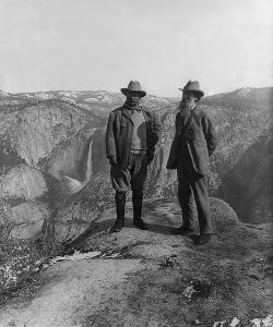 U.S. President Theodore Roosevelt (left) and nature preservationist John Muir, founder of the Sierra Club, on Glacier Point in Yosemite National Park.