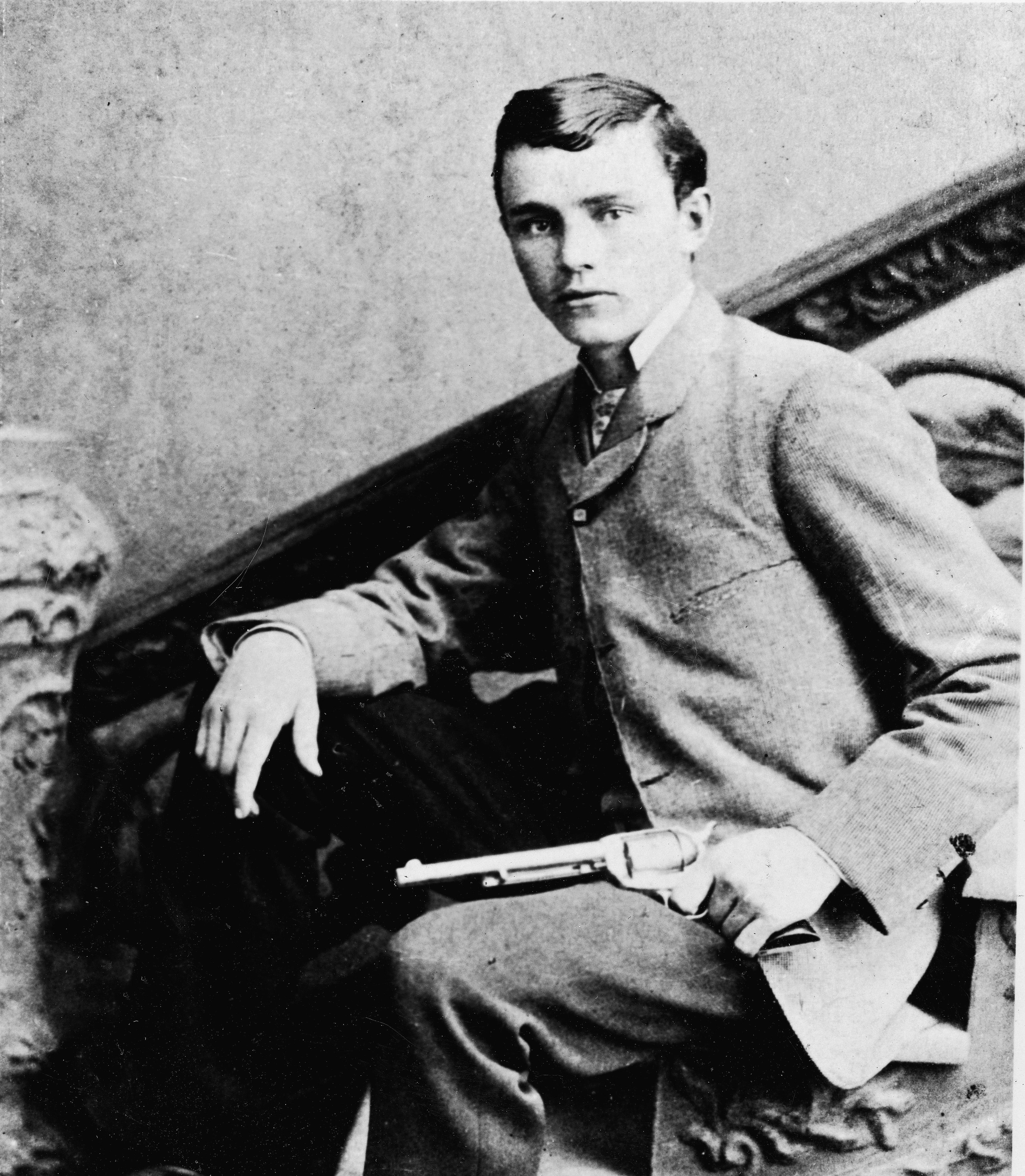 an analysis of murdering outlaw of american hero by jessie james In post civil war missouri jesse james built his reputation as a ruthless outlaw yet many sympathized with the notorious bandit, because they shared his pro-confederate sentiments james was certainly aware of.