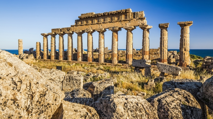 how to get from athens to sicily