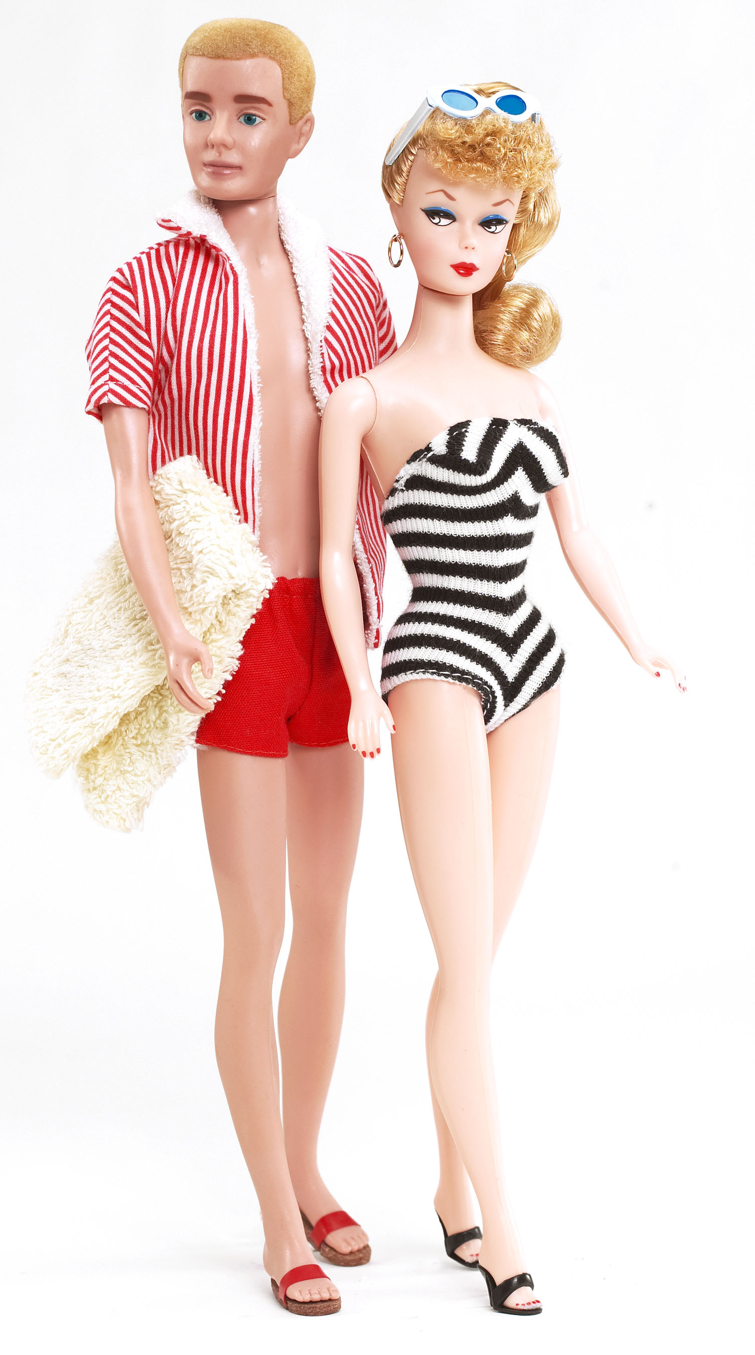 Barbie through the ages history in the headlines - Image barbie et ken ...