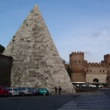 Pyramid of Cestius. (Credit: Public Domain)